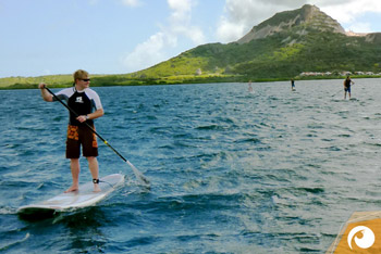 Robert von Diveaholics Stand-Up-Paddling (SUP) in front of Curacao