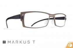 Die ultraleichte Kunststoffbrille me3 322 von Markus T | Offensichtlich Berlin