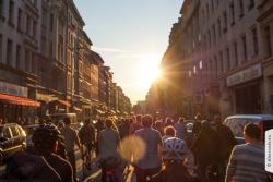 Critical Mass Berlin in der Oranienstraße im Mai 2015 | Offensichtlich Berlin