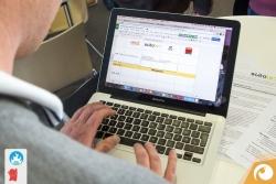 2015-09barcamp-erfurt-06-bei-der-sessionplanung-ueber-die-schulter-geschautHier wird doch schnell eine Session nachgetragen | Offensichtlich Berlin