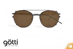Götti Modell Avarel mit Sonnenclip Titanbrille | Offensichtlich Berlin