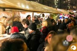 Großer Andrang am Stand des Round Table 44 & Ladyies Circle 5 Berlin auf dem Rixdorfer Weihnachtsmarkt