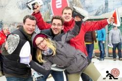 2016-01-Buegeleisen-Curling-Berlin-08-Mit-Spass-dabei-Offensichtlich