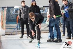 Torsten testet das erste Bügeleisen | Bügelseisen Curling / Round Table 44 Berlin