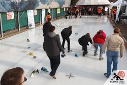 Das Spielfeld einmal von oben betrachtet | Bügelseisen Curling / Round Table 44 Berlin