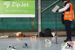 Es kommt auf jede Bügellänge an  | Bügelseisen Curling / Round Table 44 Berlin