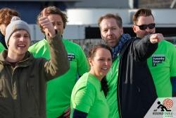 Das gesamte Team steht hinter den Curlern | Bügelseisen Curling / Round Table 44 Berlin