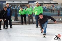 Lars gibt alles für die Eyesbären und bevorzug die klassischen Eisen | Bügelseisen Curling