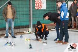Und wieder zählt jeder Zentimeter  | Bügelseisen Curling / Round Table 44 Berlin
