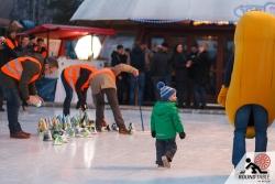 Vorbereitung zur Siegerehrung  | Bügelseisen Curling / Round Table 44 Berlin