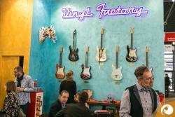 Vinyl-Brillen von der Vinyl-Factory | Offensichtlich