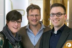 Designer Markus Temming zeigt Jana & Norman seine neuen Modelle | Offensichtlich Berlin