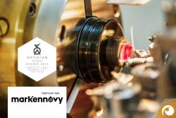 Für seine individuellen Kontaktlinsen erhielt Makennovy den OPTICIAN AWARDS 2015 | Offensichtlich Berlin