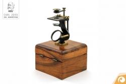 Ein Zeiss Präpariermikroskop von 1847  | Offensichtlich Optiker Berlin