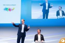 Unkonventionelle und unterhaltsam referiert Dr. Raphael von Hoensbroech über das optimale Teamwork | Offensichtlich.de Berlin