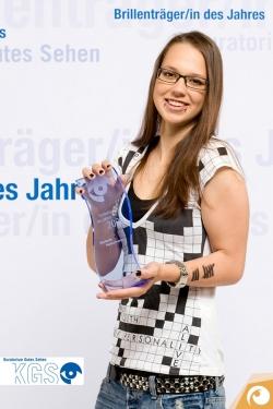 Sängerin Stefanie Heinzmann ist Brillenträger des Jahres 2009 | Offensichtlich.de