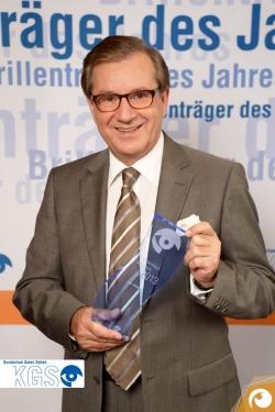 Mr. Tagesschau Jan Hofer ist der Brillenträger des Jahres 2013 | Offensichtlich.de