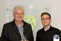Feiern mit glücklichen Kunden Herr Peter Schwandt ! | Offensichtlich.de #FeiernHoch4