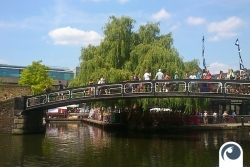 Brücke am Camden Lock Market - London