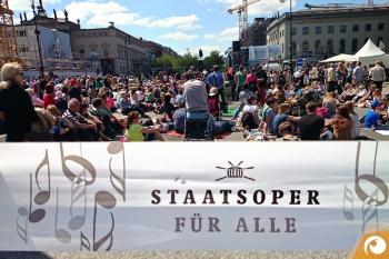 »Staatsoper für alle« 2016 auf dem Bebelplatz in Berlin